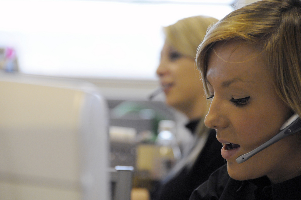 telemarketing-callcenter